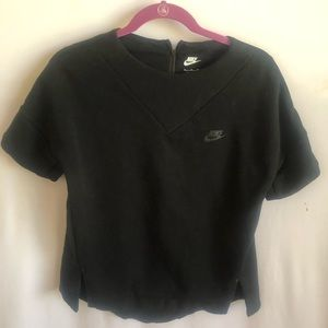 Nike Woman's Black Shortsleeved Sweater  Size SM